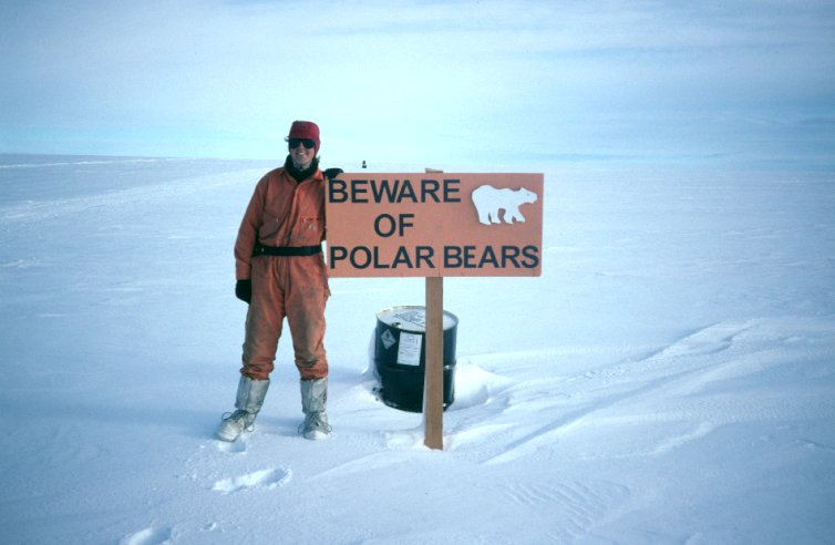 'Beware of Polar Bears' sign, creek 6 drumline (leaving Halley)